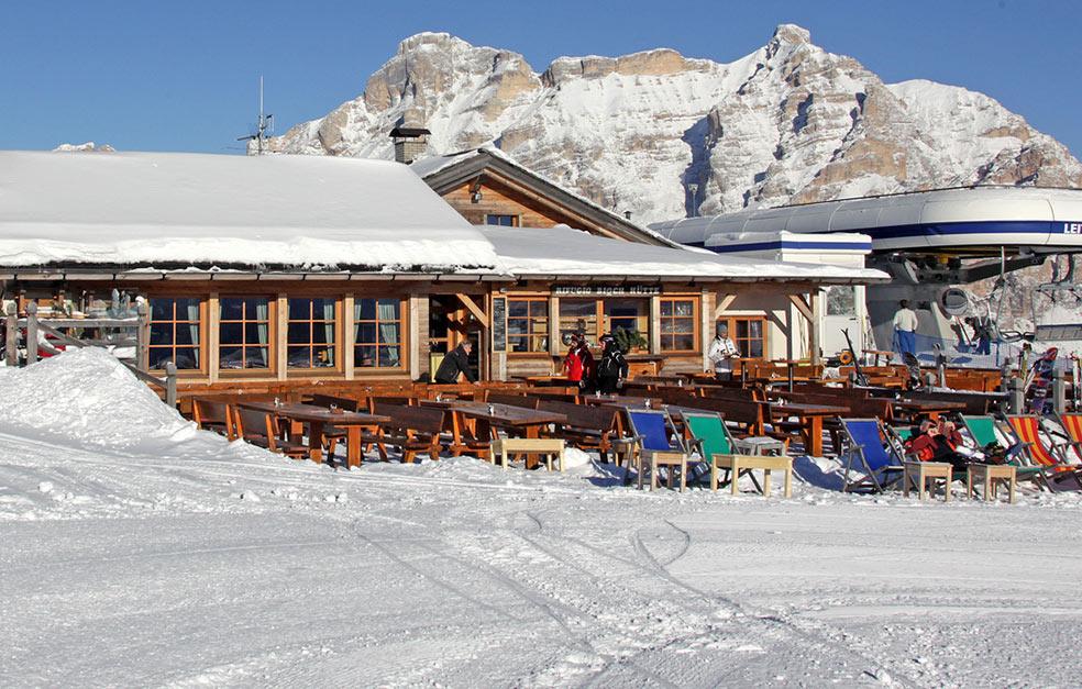 Rifugio tia de bioch alta badia alto adige for Rifugio in baita di montagna